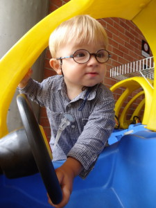 Lucas liebt Autos
